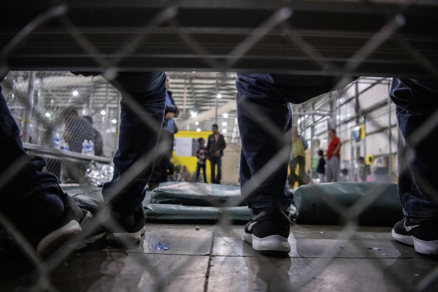 migrants, detention
