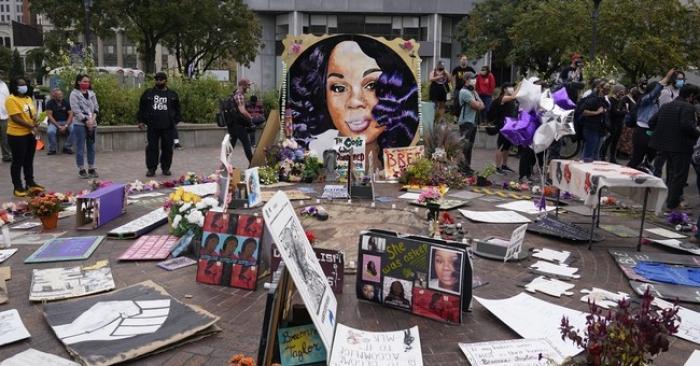 Media Bias, Media Watch, Breonna Taylor, police shooting