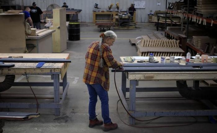 Economy and Jobs, jobless claims, unemployment benefits, coronavirus, layoffs