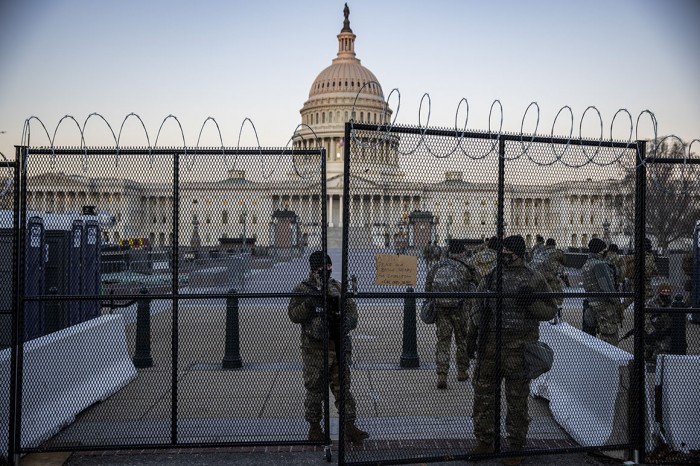 US Senate, Capitol chaos, law enforcement, Violence in America