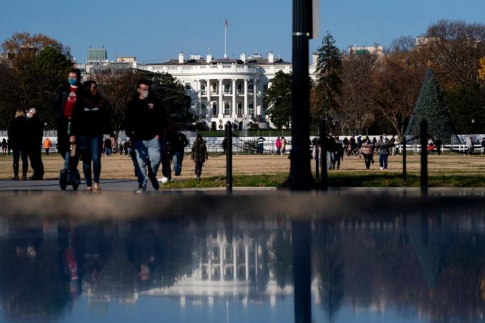 Justice Department, Presidential pardons, bribes, Donald Trump